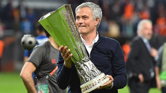 jose-mourinho-liga-europa-manchester-united-2